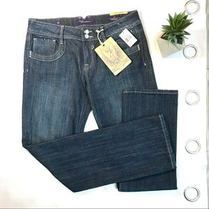 Vigoss NWT Light Wash Straight Denim Jeans
